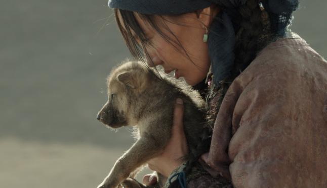 est_el ultimo lobo_ella