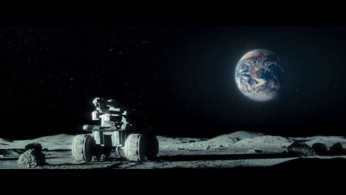 """Imagen de """"Moon"""" © 2009 Sony Pictures Classics, Liberty Films, Xingu Films y Limelight. Fotos por Mark Tille. Distribuida en España por Sony Pictures Releasing de España. Todos los derechos reservados."""