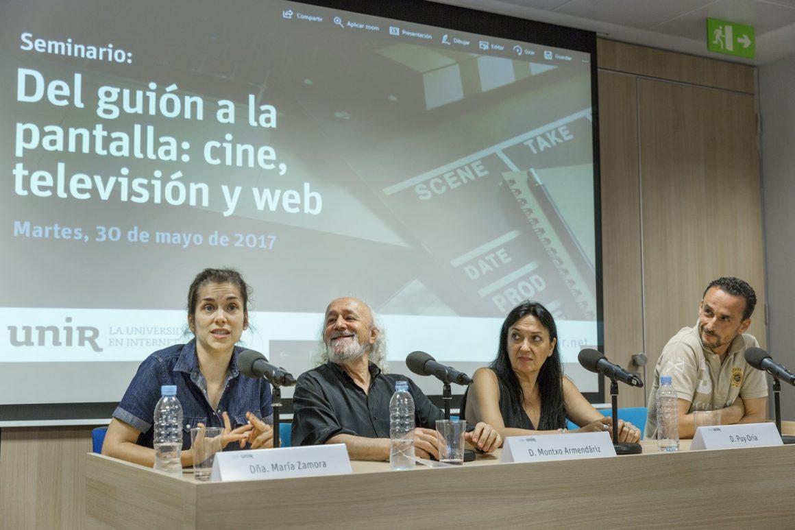 """De izquierda a derecha: María Zamora, Montxo Armendáriz, Puy Oria y José Cabeza en el encuentro """"Del guion a la pantalla"""" de la UNIR."""