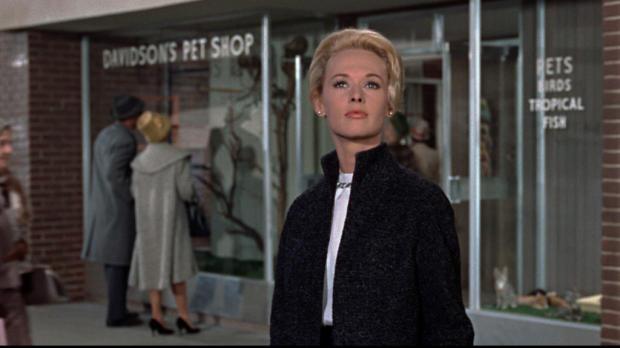 Imagen de 'Los pájaros' © 1963 Alfred Hitchcock Productions. Distribuida por Universal Pictures. Todos los derechos reservados.